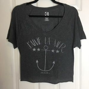 Billabong grey cropped graphic t shirt